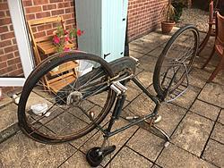 Click image for larger version  Name:Goodwood bike repair 2018 c.jpg Views:11 Size:2.14 MB ID:51777